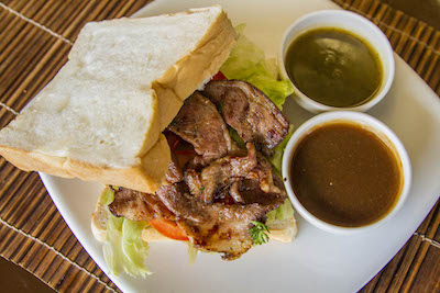 Steaks and grilled sandwiches Lamai
